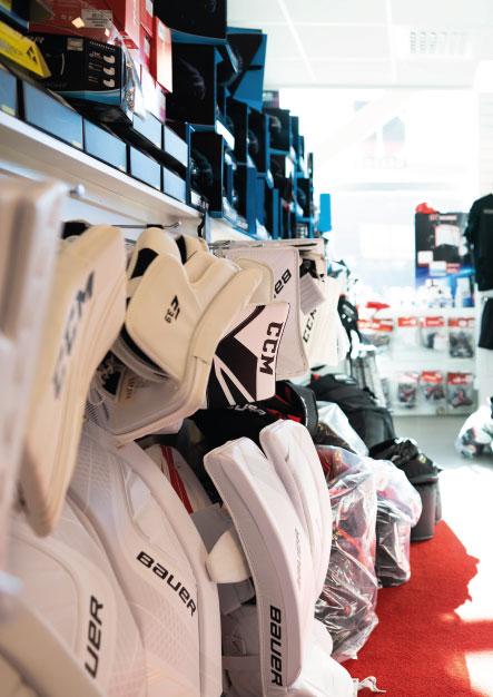 Vi har ambitionen att vara Sveriges bästa hockeybutiker! Med butiker i Örebro, Gävle och på nätet har vi nästan alltid tillgång till de produkter som våra kunder efterfrågar.